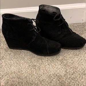 Toms Shoes - Toms Wedge Bootie